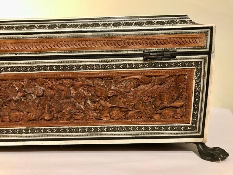 Anglo-Indian Carved Sandalwood and Bone Sadeli Inlaid Box For Sale 15