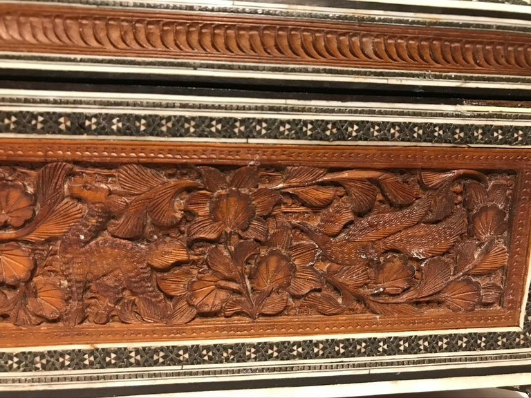 Anglo-Indian Carved Sandalwood and Bone Sadeli Inlaid Box For Sale 2