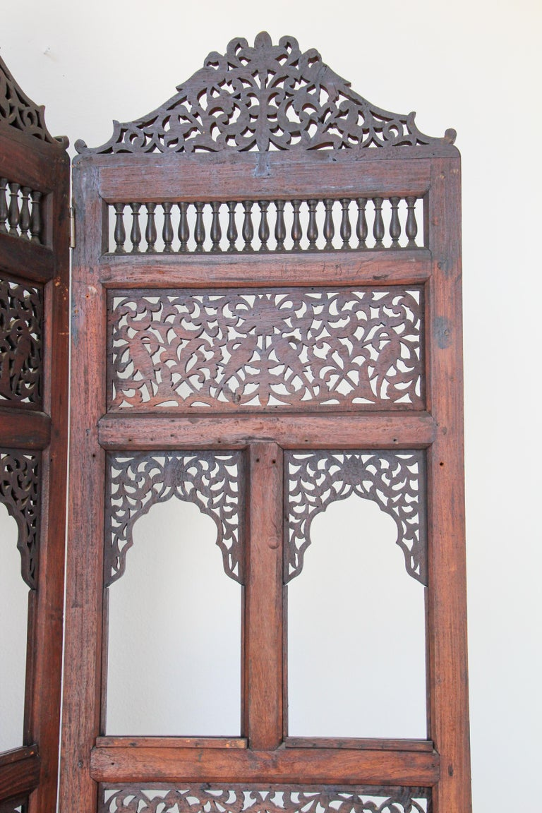 Anglo-Indian Hardwood Three-Panel Screen For Sale 11