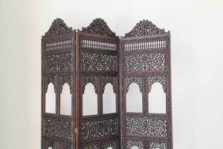 Anglo Raj Anglo-Indian Hardwood Three-Panel Screen For Sale