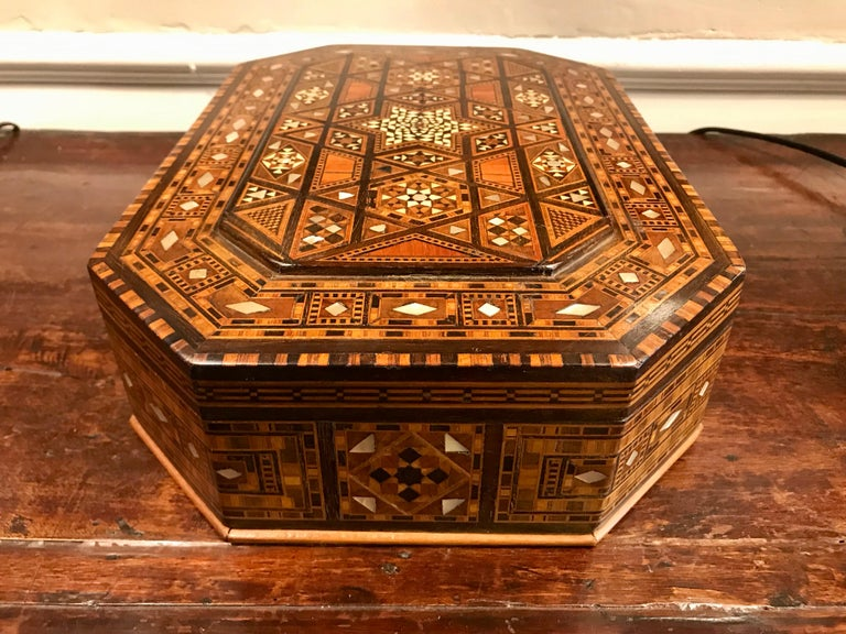 Moroccan Rosewood and Mother of Pearl Inlaid Box For Sale 6