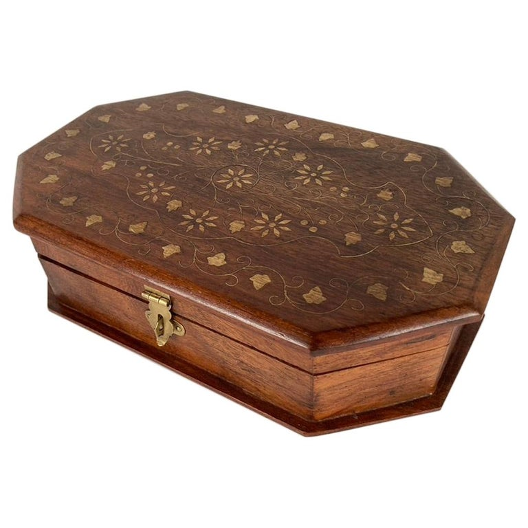 Anglo-Indian Rosewood Box with Brass Inlay For Sale