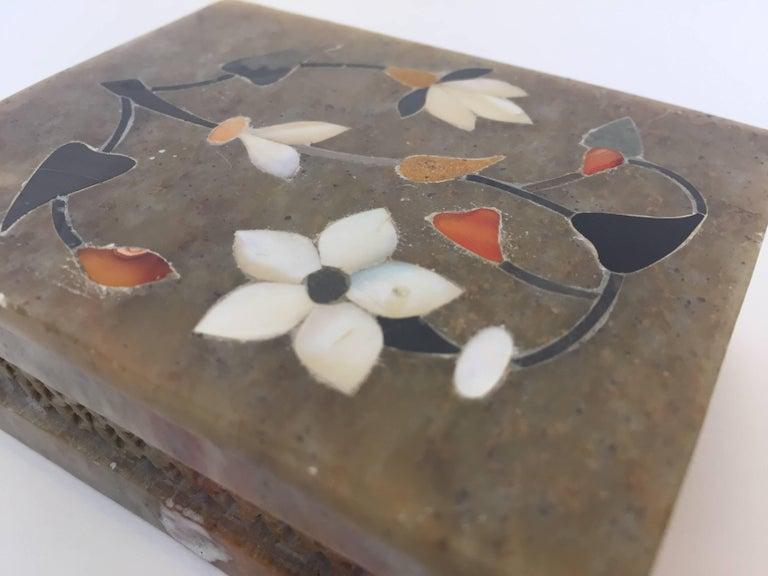 Anglo-Raj Marble Inlay Box Pietra Dura Censor For Sale 4