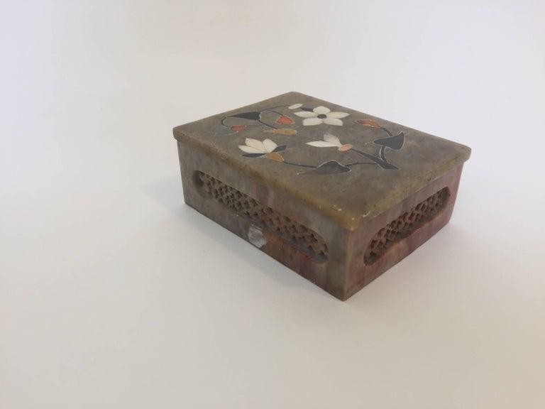 Anglo Raj Anglo-Raj Marble Inlay Box Pietra Dura Censor For Sale