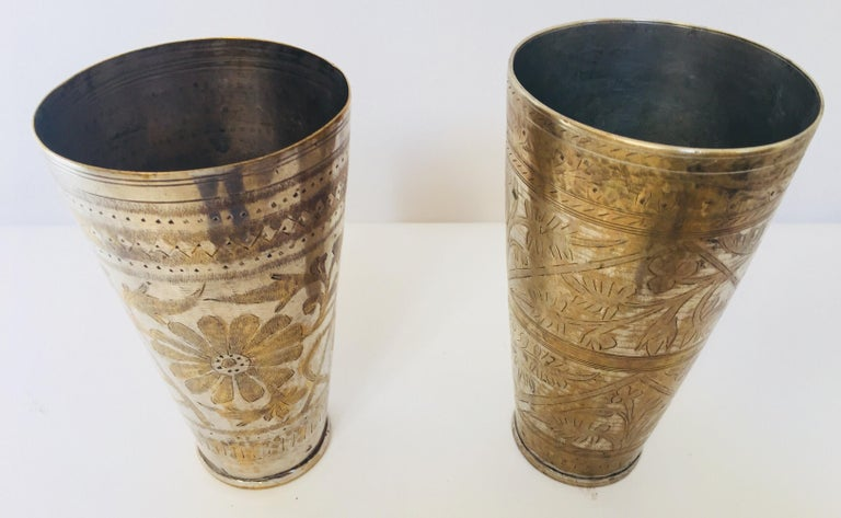 Anglo Raj Mughal Brass Engraved Beakers Set of 2 For Sale 3