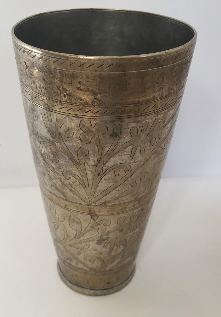 Anglo Raj Mughal Brass Engraved Beakers Set of 2 For Sale 7