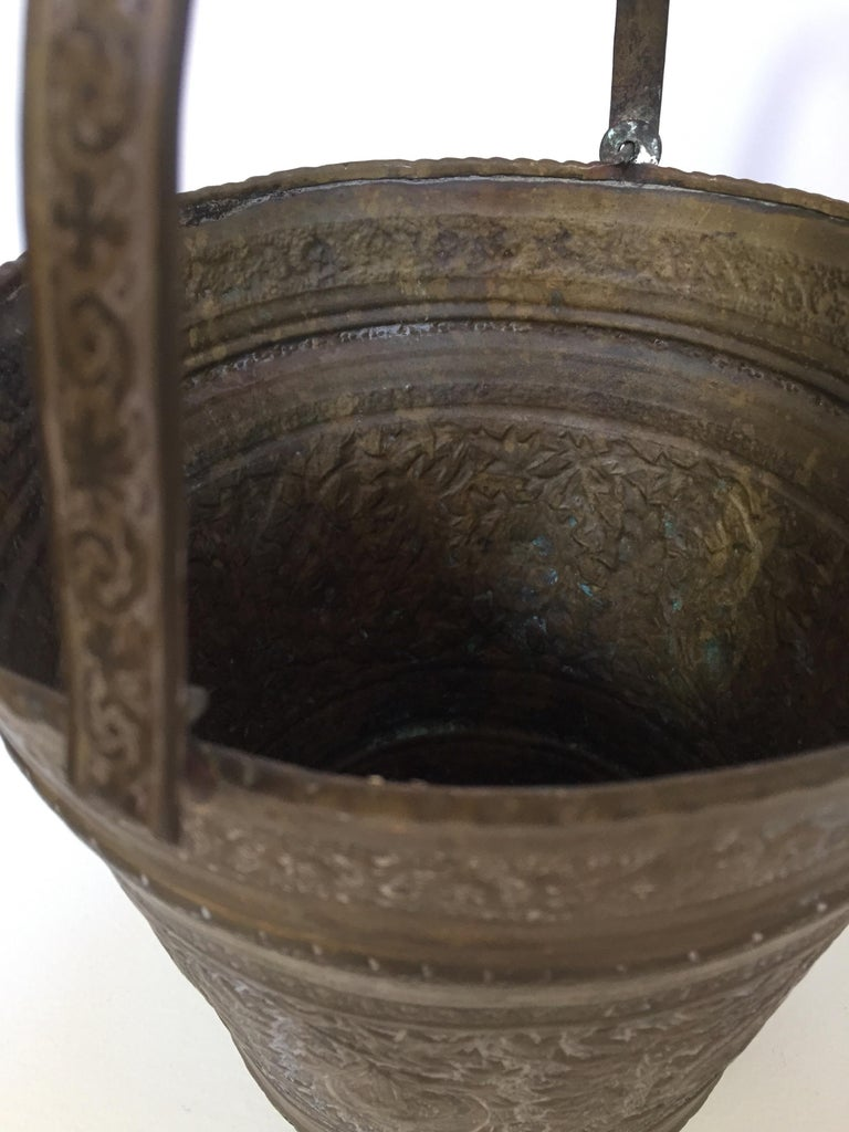 Anglo-Raj Mughal Bronzed Copper Vessel Bucket For Sale 4