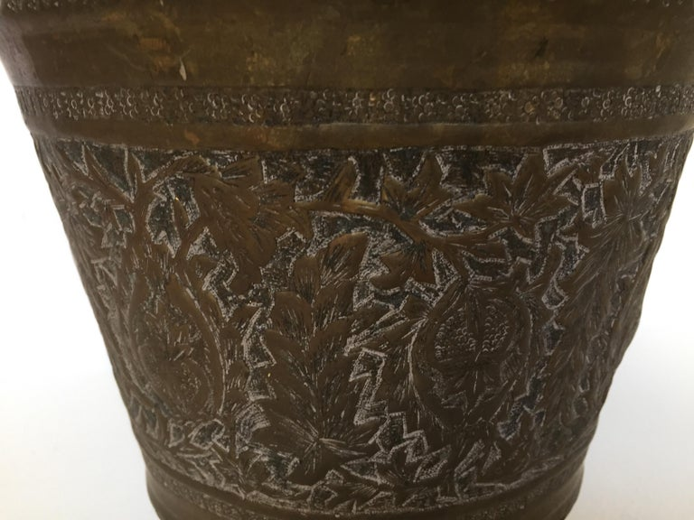 Anglo-Raj Mughal Bronzed Copper Vessel Bucket For Sale 5