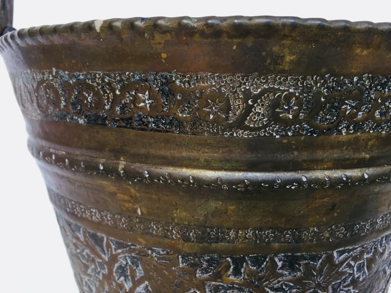 Anglo-Raj Mughal Bronzed Copper Vessel Bucket For Sale 6