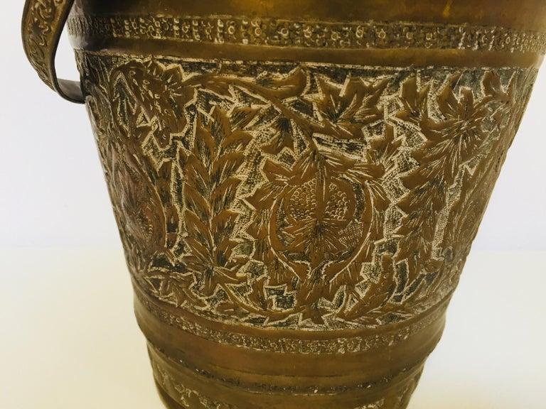 Folk Art Anglo-Raj Mughal Bronzed Copper Vessel Bucket For Sale
