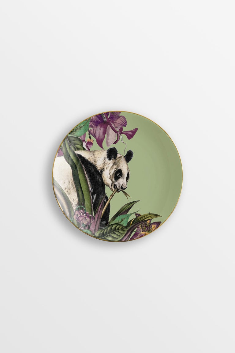 Animalia, Six Contemporary Porcelain Dessert Plates with Decorative Design For Sale 1