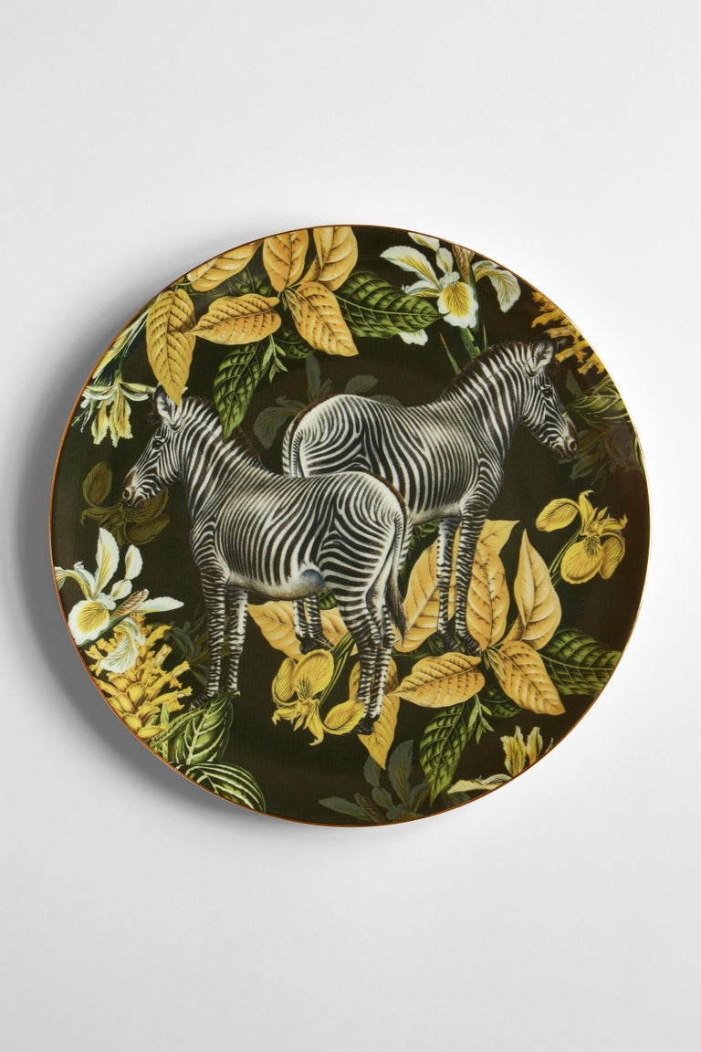 Italian Animalia, Six Contemporary Porcelain Dinner Plates with Decorative Design For Sale
