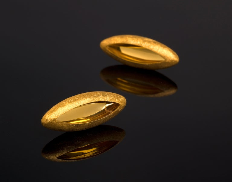 Contemporary Anish Kapoor 18 Karat Yellow Gold Torpedo Earrings, Small, 2010 For Sale