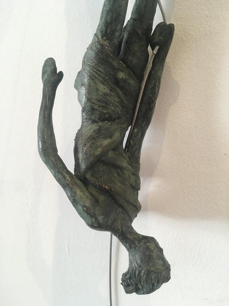 Upside Down n.4087 - unique hanging bronze sculpture female human motion acrobat - Contemporary Sculpture by Anke Birnie