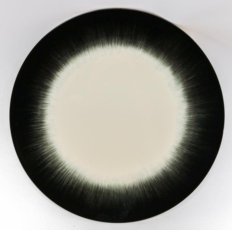 Ann Demeulemeester for Serax Dé Dinner Plate in Off White / Black 1