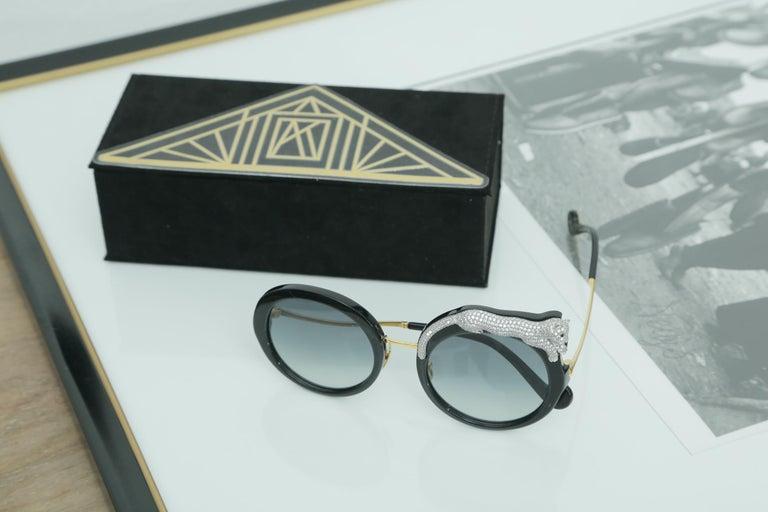 Women's or Men's Anna-Karin Karlsson Rose et la Roue Round Crystal-Embellished Leopard Sunglasses For Sale