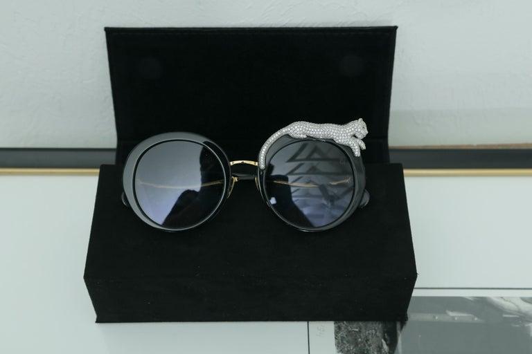 Anna-Karin Karlsson Rose et la Roue Round Crystal-Embellished Leopard Sunglasses For Sale 4