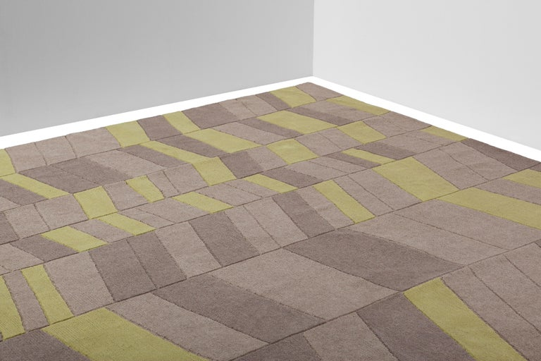 Annapurna Green Carpet, Hand Knot, Himalayan Wool, 60 Knots, Bartoli Design In New Condition For Sale In Milan, Lombardy