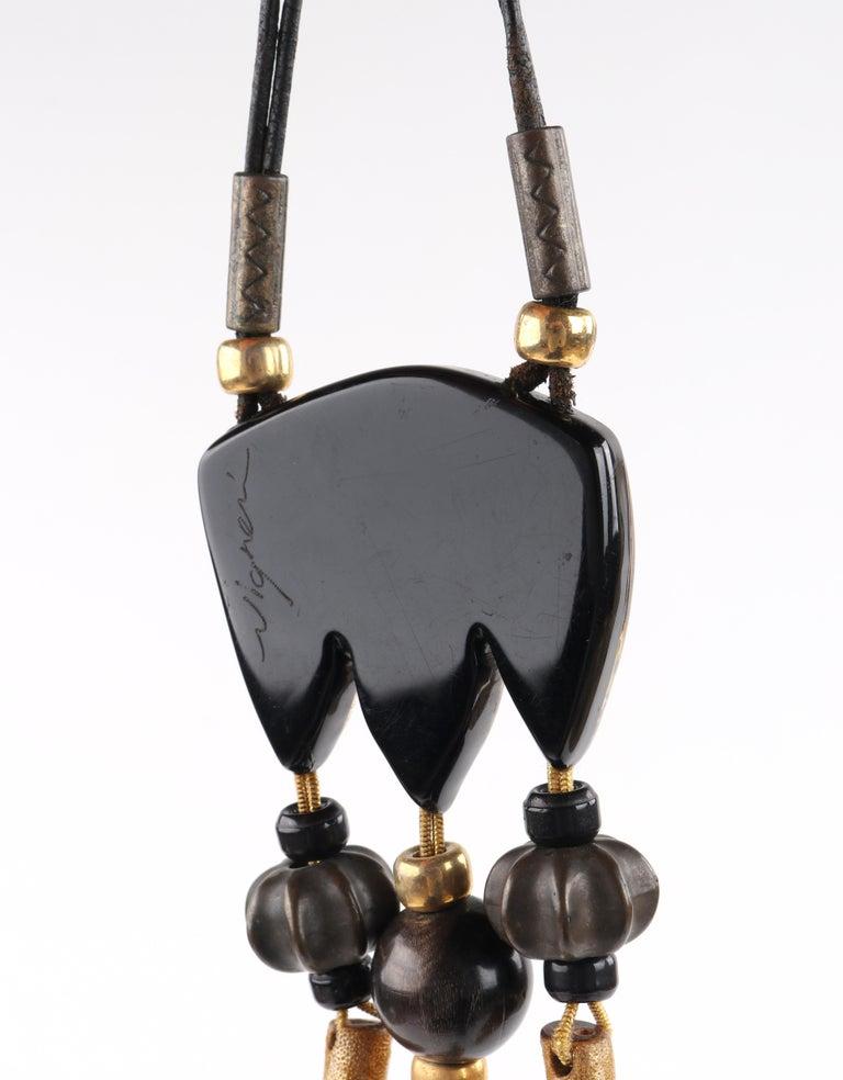 ANNE & FRANK VIGNERI Black Gold Metallic Beaded Lucite Art Pendant Cord Necklace For Sale 3