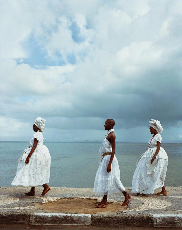 Anne Menke Color Photograph - Bahianas Walking