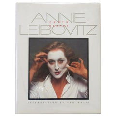 Annie Leibovitz Photographs, Introduction by Tom Wolfe, 1983