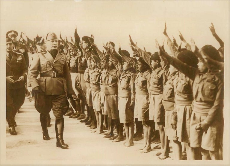 Anonymous Black and White Photograph - Mussolini in Libya - Original Vintage Photo - 1937