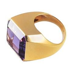 Ansuini 23.52 Carat Amethyst Torchon 18 Karat Gold Cocktail Ring