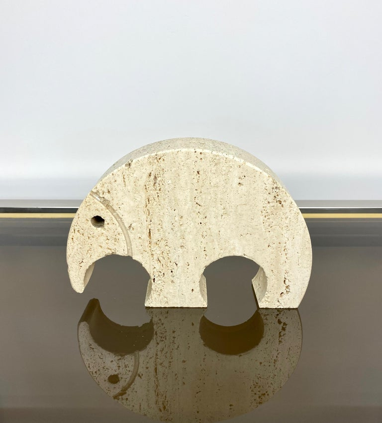 Anteater sculpture paperweight in travertine marble by Fratelli Mannelli, Italy, 1970s.  The original label, citing