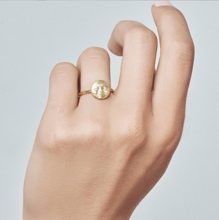 Gold Moonface Ring handcrafted by jewelry artist Anthony Lent in 18k yellow gold showcasing two round brilliant-cut white diamonds. Size 6 (can be sized). Stamped and Hallmarked with unique serial number.  Anthony Lent has called his Moonface the