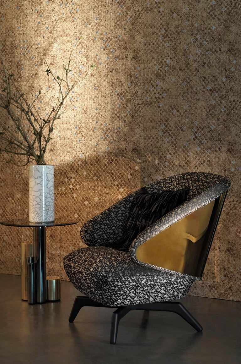 Antigua Small Side Table with Metal Base by Roberto Cavalli Home Interiors In New Condition For Sale In Cantu, IT