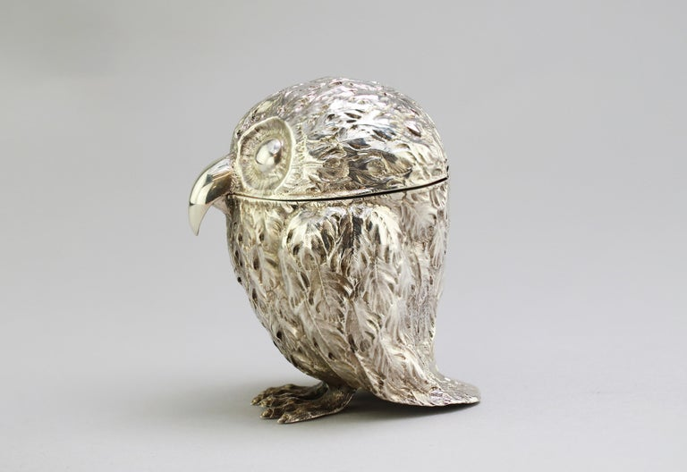 British Antique Victorian Sterling Silver Ink Stand in the Shape of an Owl, London, 1848 For Sale