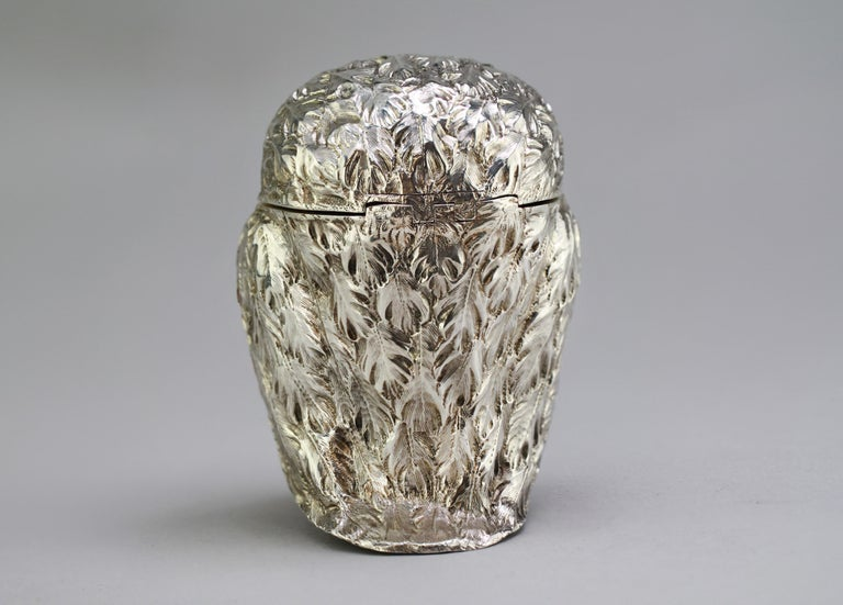 Antique Victorian Sterling Silver Ink Stand in the Shape of an Owl, London, 1848 In Good Condition For Sale In Braintree, GB