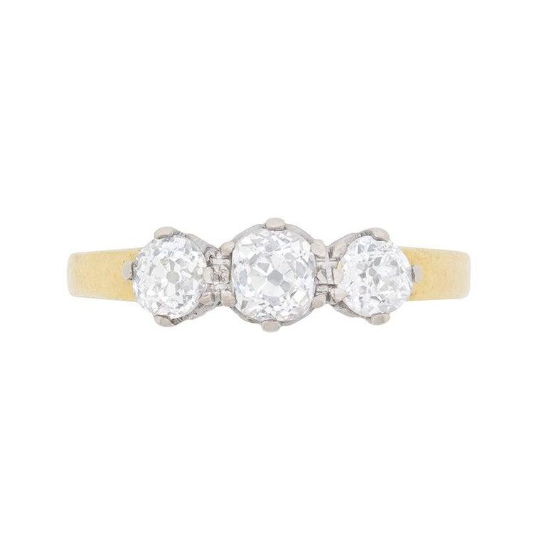 Antique 1.00 Carat Three-Stone Old Cut Diamond Ring, circa 1920s For Sale