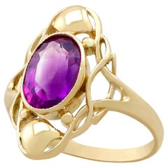 Antique 1.13 Carat Amethyst and Yellow Gold Cocktail Ring