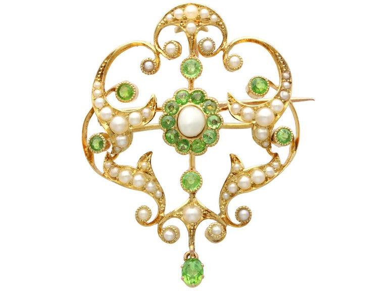 Women's or Men's Antique 1.19 Carat Demantoid Garnet and Seed Pearl Yellow Gold Pendant Brooch For Sale