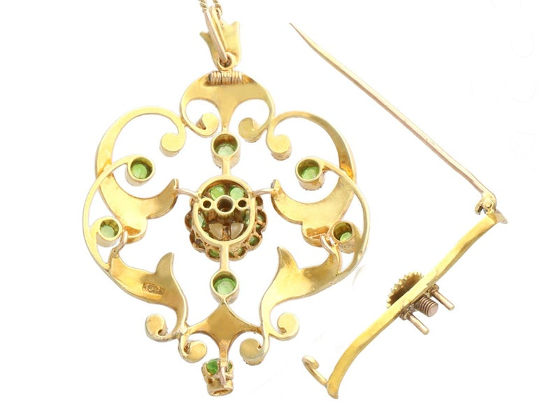 Antique 1.19 Carat Demantoid Garnet and Seed Pearl Yellow Gold Pendant Brooch For Sale 2
