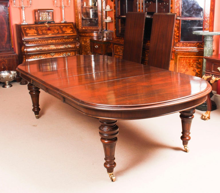 Antique Victorian D-End Mahogany Dining Table 19th Century and 10 Chairs 7