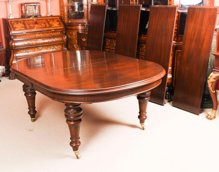 Antique Victorian D-End Mahogany Dining Table 19th Century and 10 Chairs 15