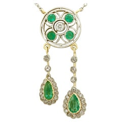 Antique 1.32 Carat Emerald Diamond 15 Karat Yellow Gold Necklace