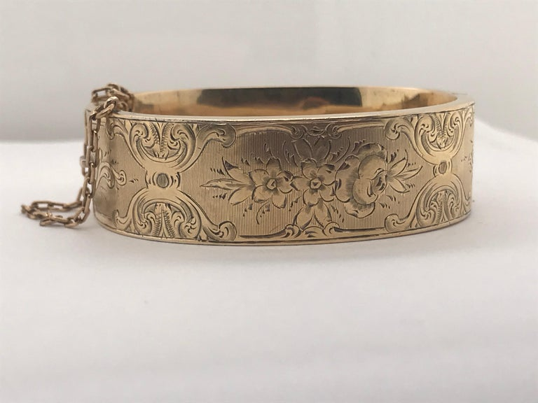Antique 14 Karat Gold Child Sized Bangle Bracelet, circa 1880 In Excellent Condition For Sale In New Orleans, LA
