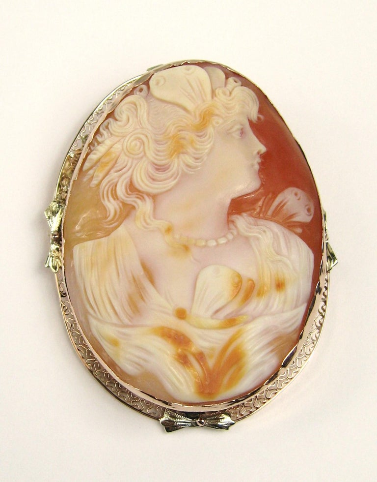 Antique 14 Karat Tri-Colored Gold Cameo Brooch Pendant For Sale 5