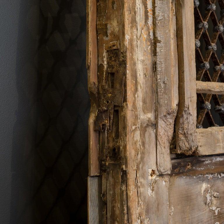 Antique 17th Century Wood and Bronze Italian Doors, circa 1600s For Sale 9