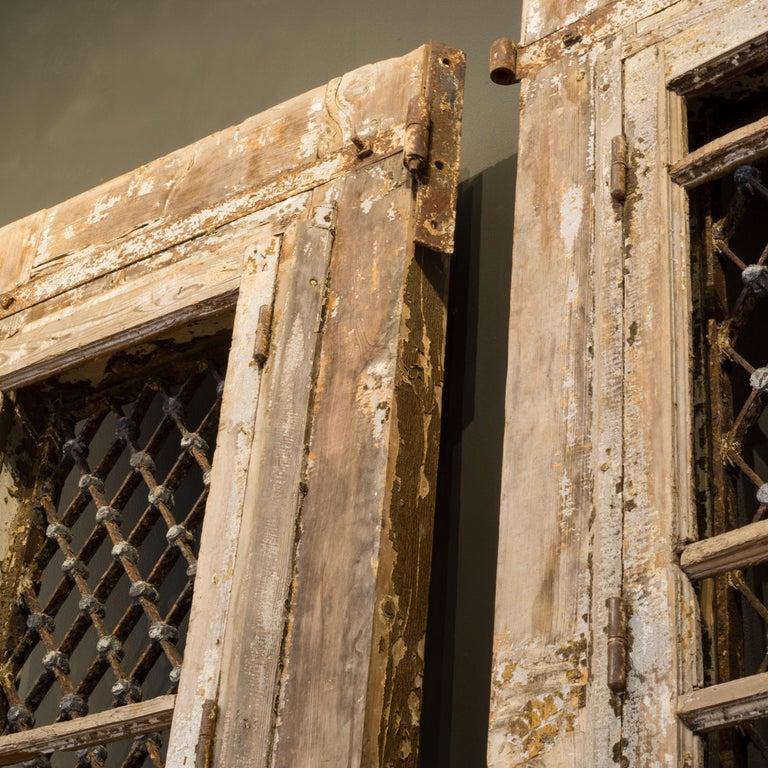 Antique 17th Century Wood and Bronze Italian Doors, circa 1600s For Sale 14