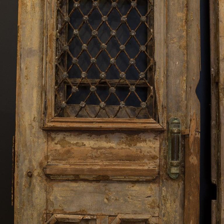 Rustic Antique 17th Century Wood and Bronze Italian Doors, circa 1600s For Sale