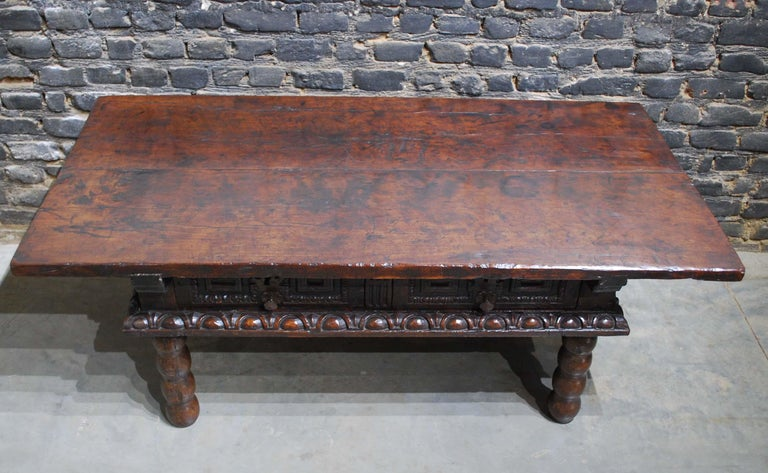 Steel Antique 17th Century Baroque Spanish Walnut Coffee Table with Two Drawers For Sale