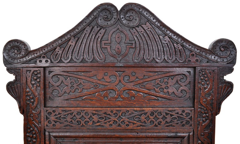 Antique 17th Century Charles II Yorkshire Carved Inlaid Oak Wainscot Chair, 1670 In Good Condition For Sale In Portland, OR