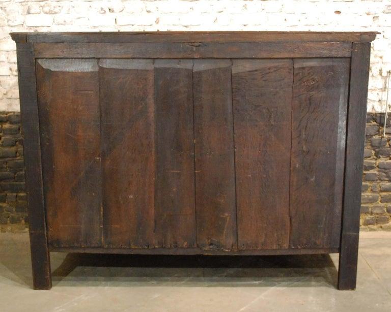 Antique 17th Century Dutch Renaissance Dresser in Oak and Walnut For Sale 12