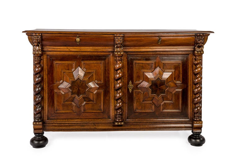 This rare and rich decorated Renaissance dresser was made during the Dutch Golden age in the southern part of the Netherlands currently Belgium. It was made around 1670 and most likely in Antwerp. The dresser was made in the finest quality watered