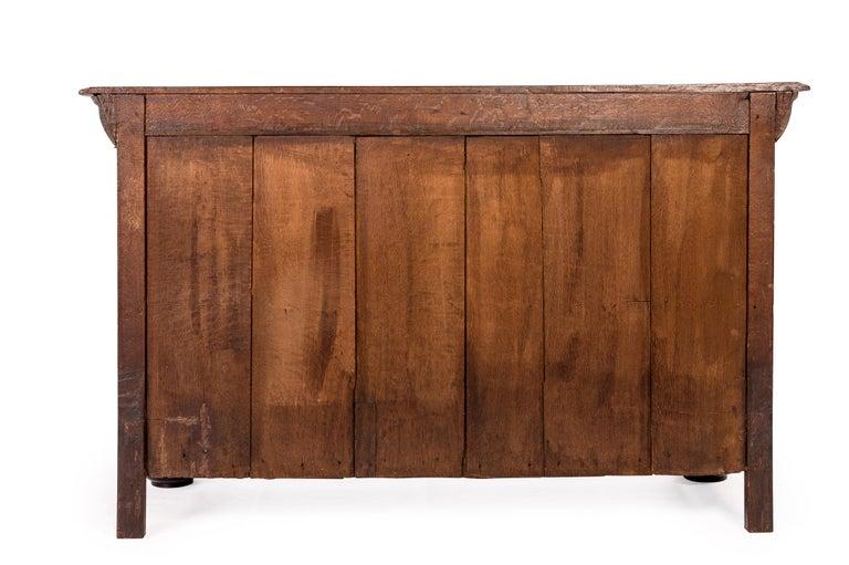 Antique 17th Century Dutch Renaissance Dresser of Buffet in Oak and Walnut For Sale 16