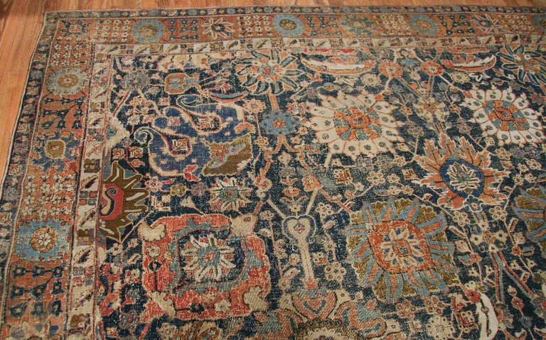 Antique 17th Century Persian Vase Kerman Carpet. Size: 11 ft 5 in x 20 ft 2 in  For Sale 3